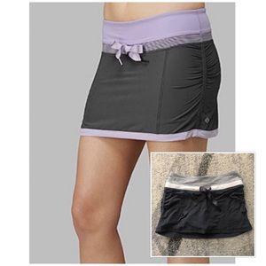 Lululemon Run Energy Skirt in Grey & White